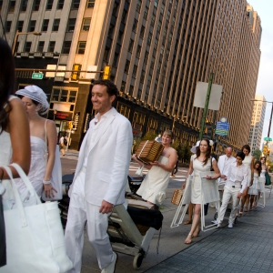 Diner en Blanc Philadelphia Guests Walk to Secret Location
