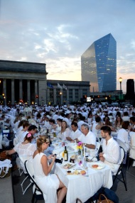 Contest: Win Tickets to SOLD OUT Diner en Blanc Philadelphia