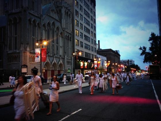 Avenue of the Arts, Diner en Blanc, Diner en Blanc Philadelphia, White, Fashion, Visit Philly, Pop-up Picnic