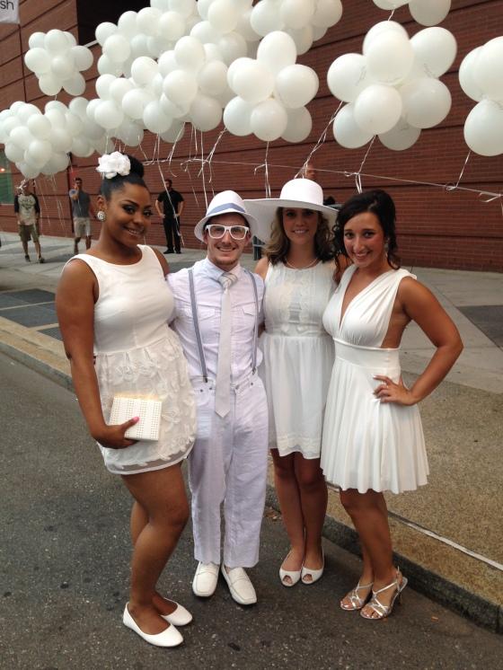 Aversa PR, Philly Loves Fun, Team, Diner en Blanc, Diner en Blanc Philadelphia, White, Fashion, Visit Philly, Pop-up Picnic