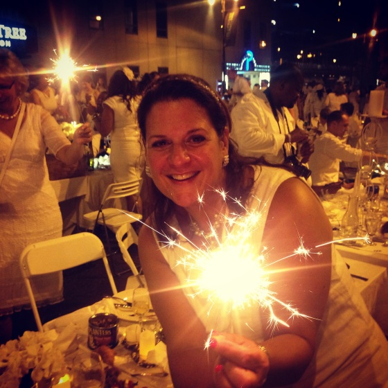 Sparklers, Diner en Blanc, Diner en Blanc Philadelphia, White, Fashion, Visit Philly, Pop-up Picnic