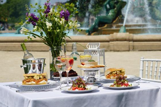 33rd Street Hospitality Caterers, diner en blanc, philadelphia, 5th anniversary, pop-up picnic, white picnic